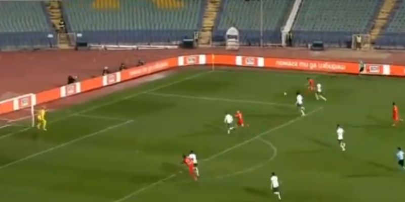 (Video) Neco Williams provides tidy assist for Wales' last-minute winner v. Bulgaria