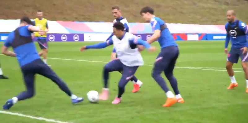 (Video) Trent mugging off Maguire & Rice in England training is glorious viewing