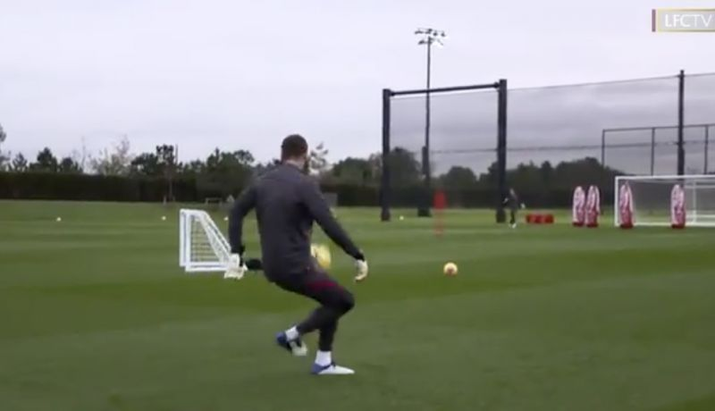 (Video) Alisson showcases incredible skill in training that keepers shouldn't have in the locker