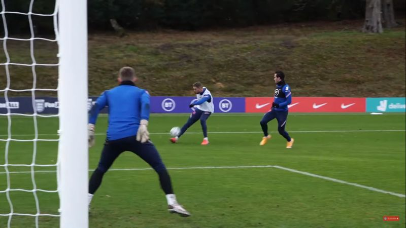 (Video) Henderson bosses England training match | skilful dribbling, tight passing, rapid running