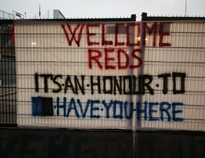 (Photo) Atalanta fans leave surprising message for Liverpool outside their stadium