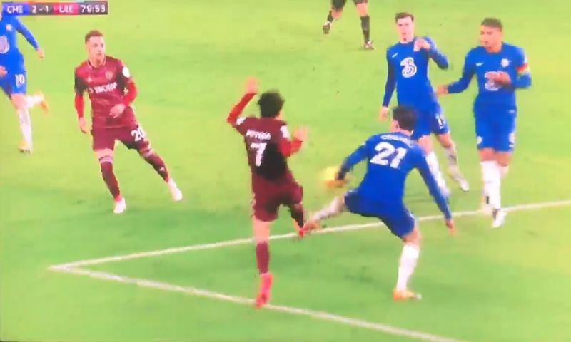 (Video) Chilwell foul identical to Robertson challenge ignored by VAR