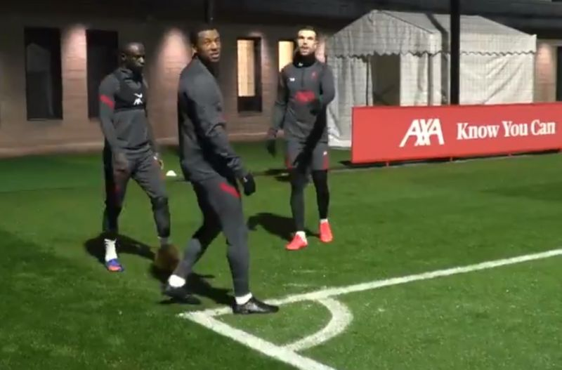 (Video) Henderson and Wijnaldum dispute over corner trick shot