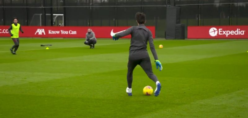 (Video) Pitaluga shows skills with ball at his feet in LFC training; completes pass to Minamino