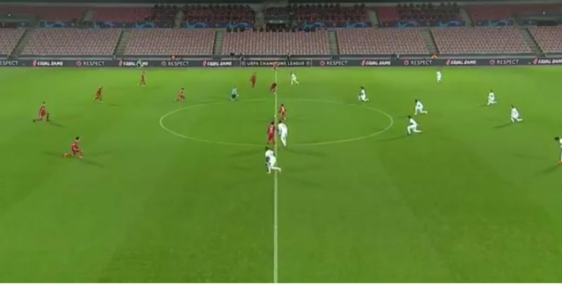 (Video) Eager Midtjylland player races forward and forgets to take the knee against Liverpool