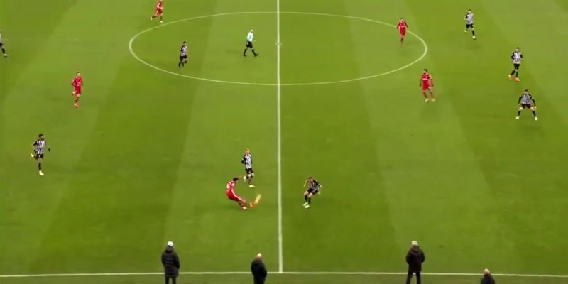 (Video) Trent pulls off incredible inch-perfect diagonal pass of the season from long range