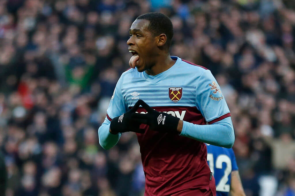 Telegraph journalist issues update on Liverpool-linked Issa Diop with transfer window deadline looming