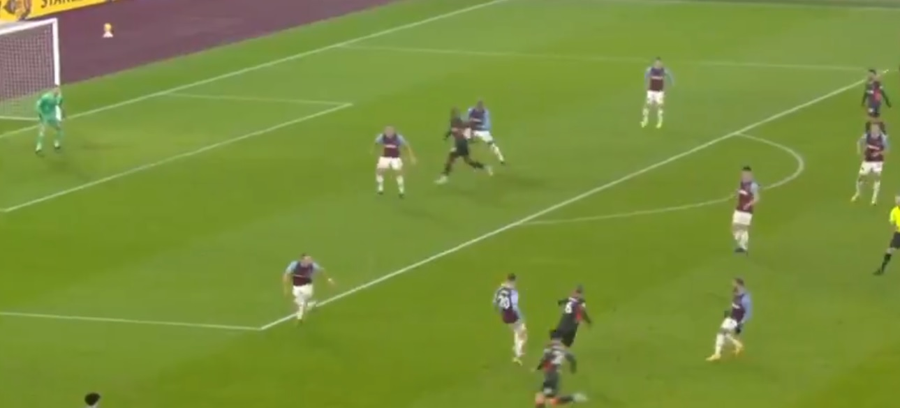 (Video) Thiago unleashes Origi with a spectacular threaded pass