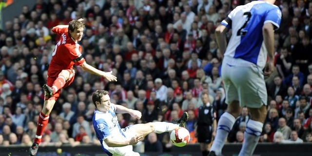 (Video) Recalling when Agger rocketed in a shot from 35 yards at the Kop end