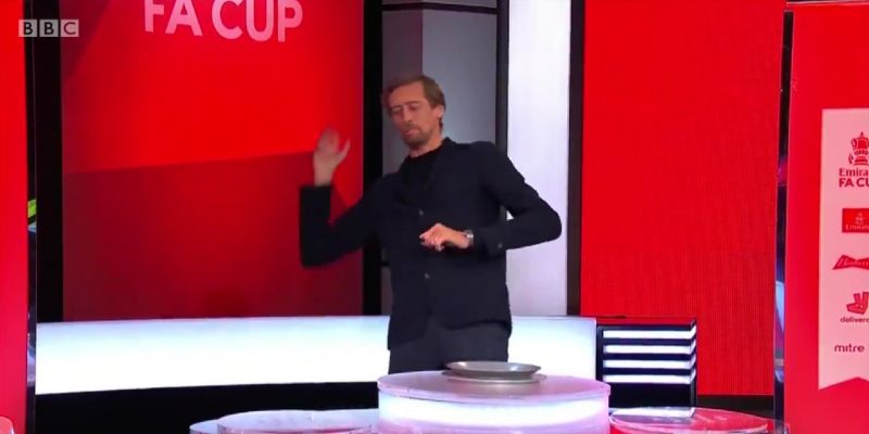 (Video) Crouch's hilarious tribute to Rod Stewart during dramatic FA Cup draw