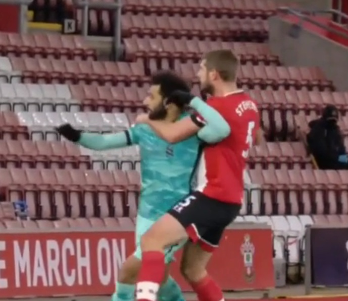 (Video) Ludicrous moment Mo Salah is put into choke hold and ref gives nothing