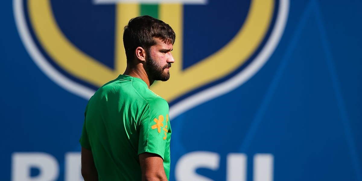 Alisson's father, Jose Becker, dies at the age of 57