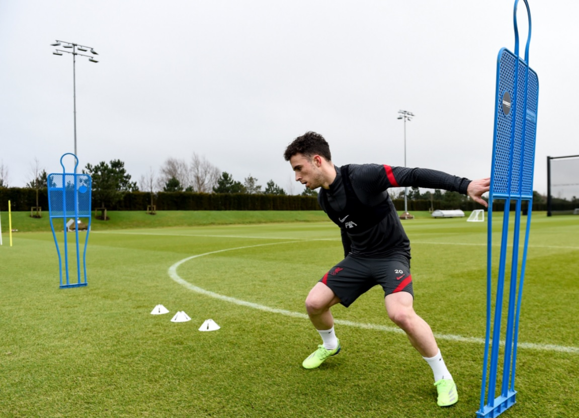 (Photos) Exciting update on Diogo Jota's fitness, as forward makes training pitch return