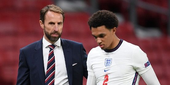 "(Video) Ex-PL star ridicules Southgate's decision to omit Alexander-Arnold from England squad: ""We cannot treat Trent like he's got no quality"""