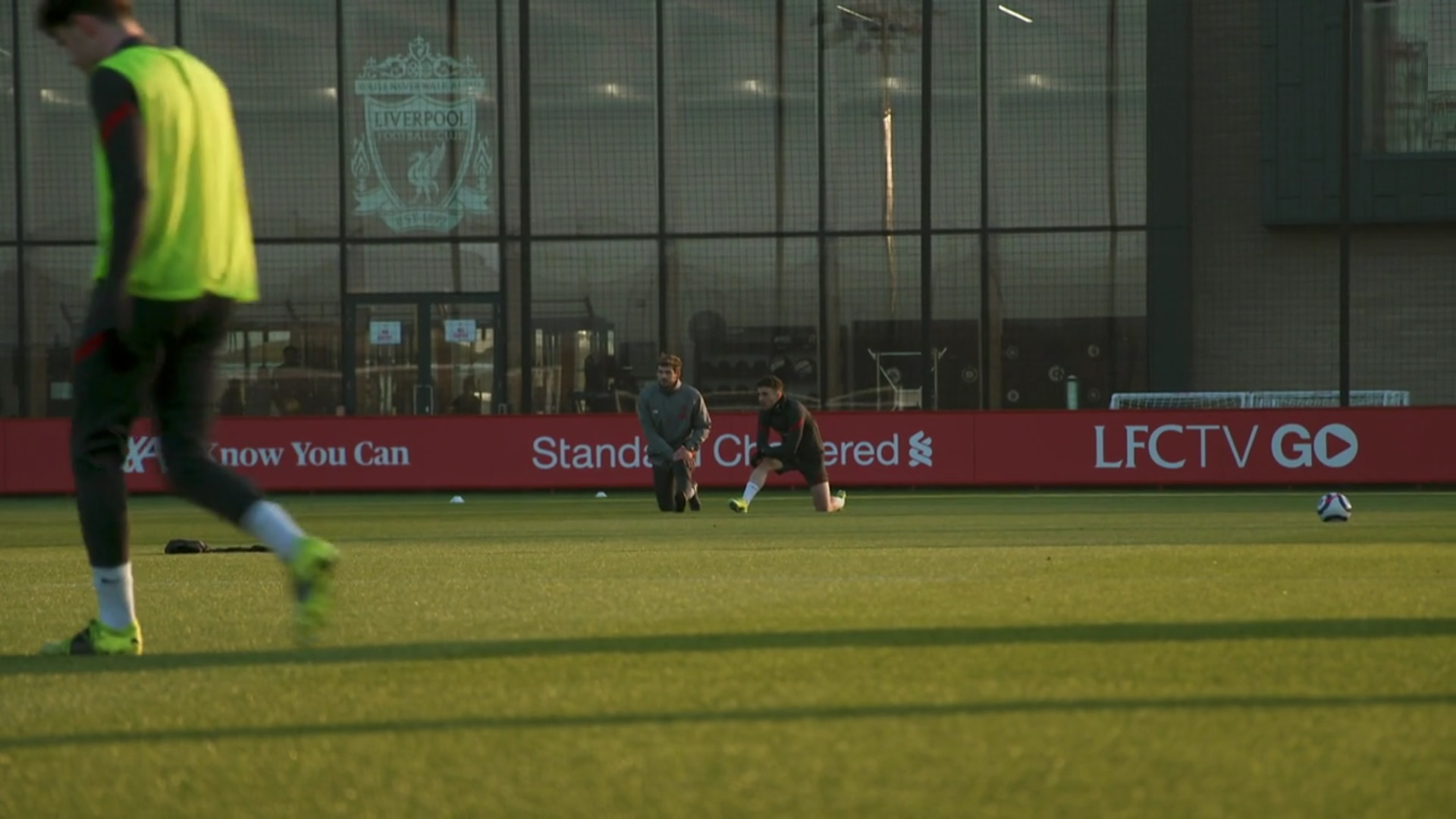 (Video) Liverpool forward Diogo Jota trains alone ahead of Chelsea clash