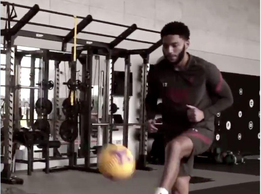 (Video) Joe Gomez is running again and kicking a football