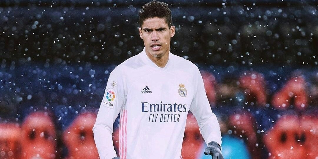 Real Madrid will sell Varane this summer if contract talks fail; opens the door for potential LFC move – report