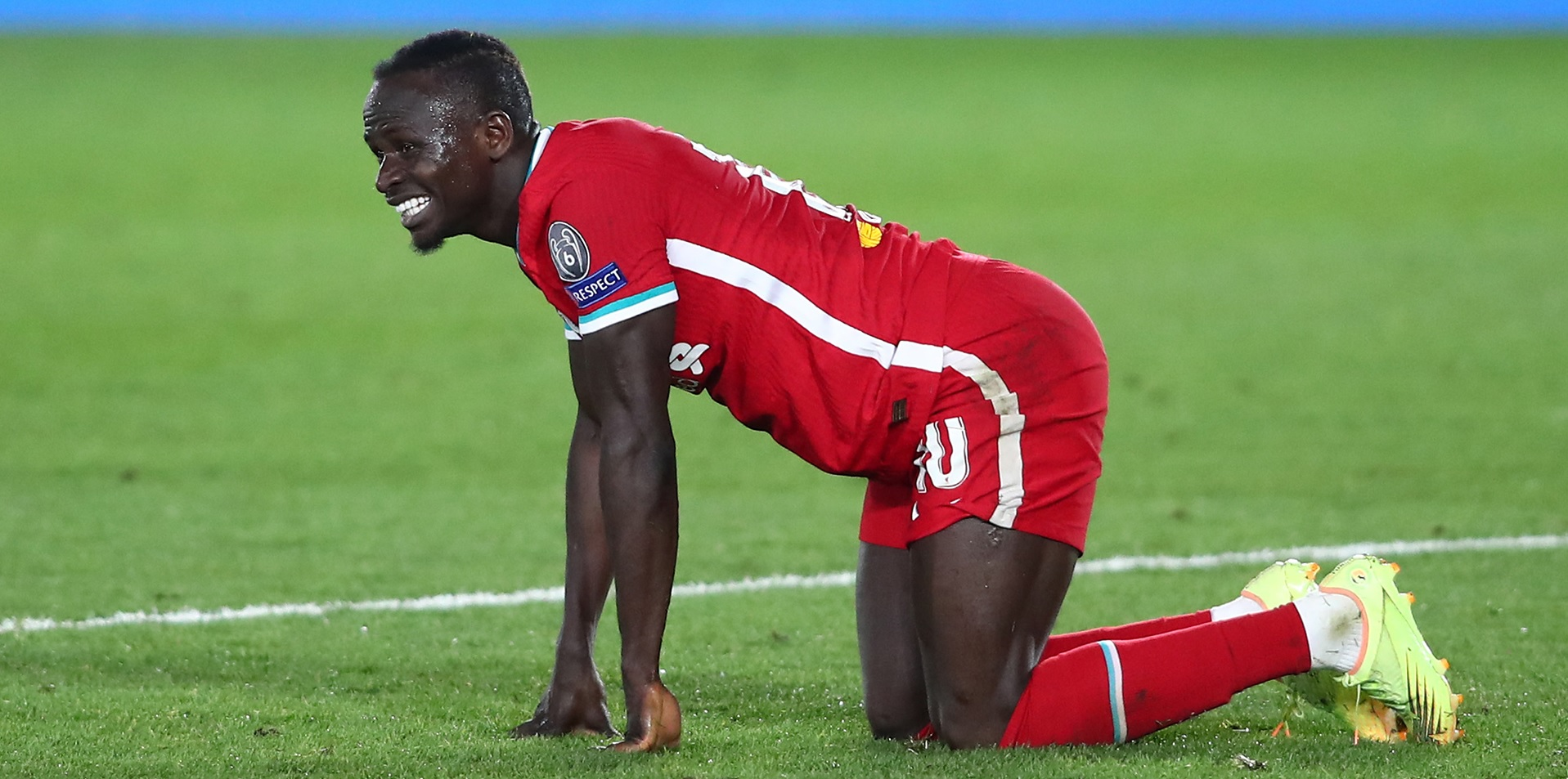 Ex-Red calls for Mane to be dropped; says Liverpool star's 'miles off it'