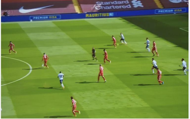 (Video) 'Oooooooooo' Firmino's amazing touch leaves Carragher doing the Neville scoregasm