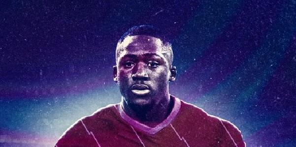 (Image) Ibrahima Konate looks sharp in Liverpool's 2021/22 home kit