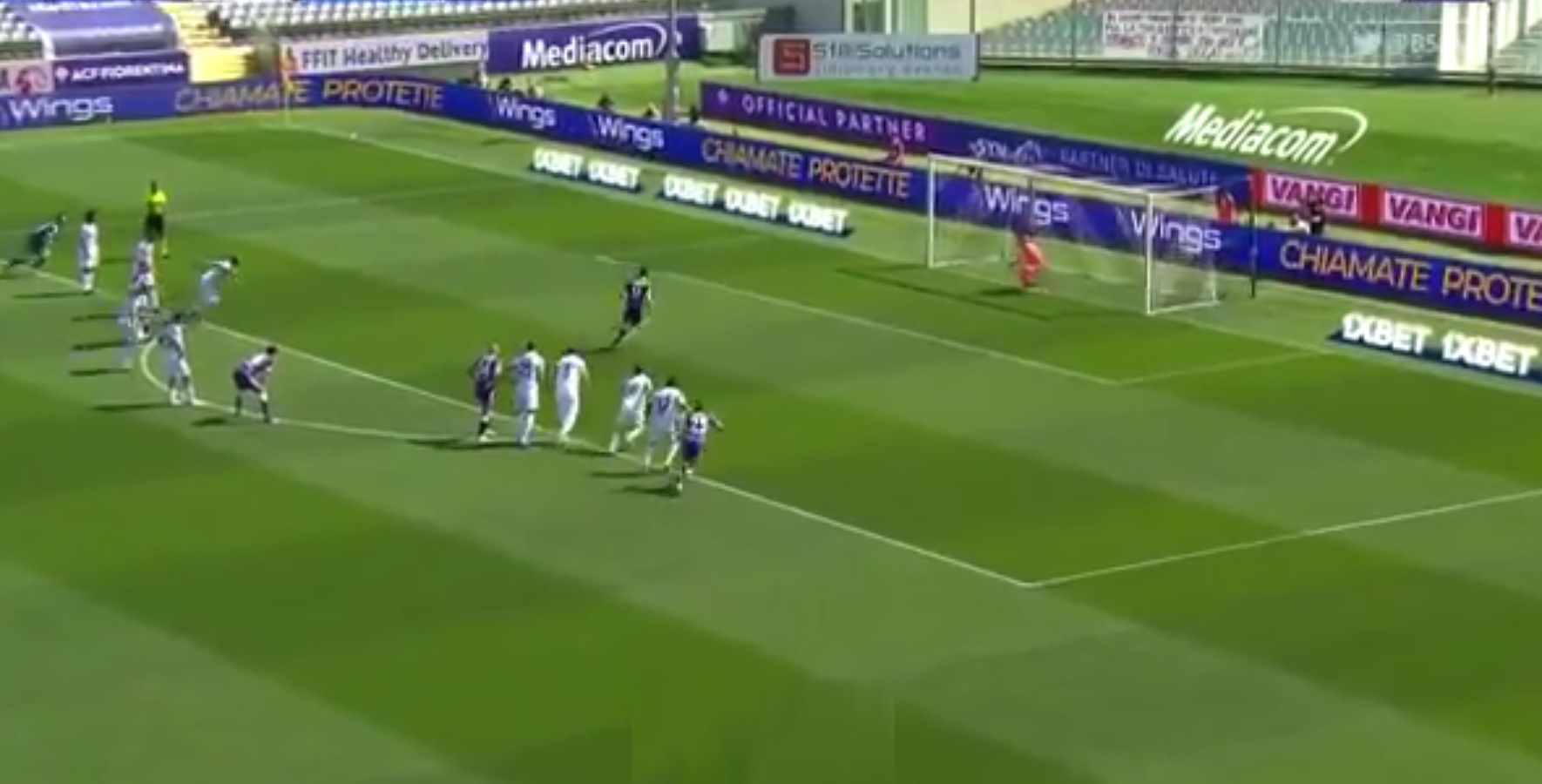 (Video) LFC-linked Vlahovic sends 'keeper wrong way with cheeky panenka pen