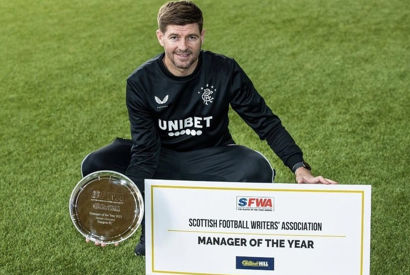 Gerrard secures award after title-winning campaign with Rangers