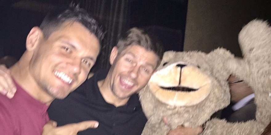 (Photo) Former Liverpool man wishes Steven Gerrard happy birthday with hilarious snap