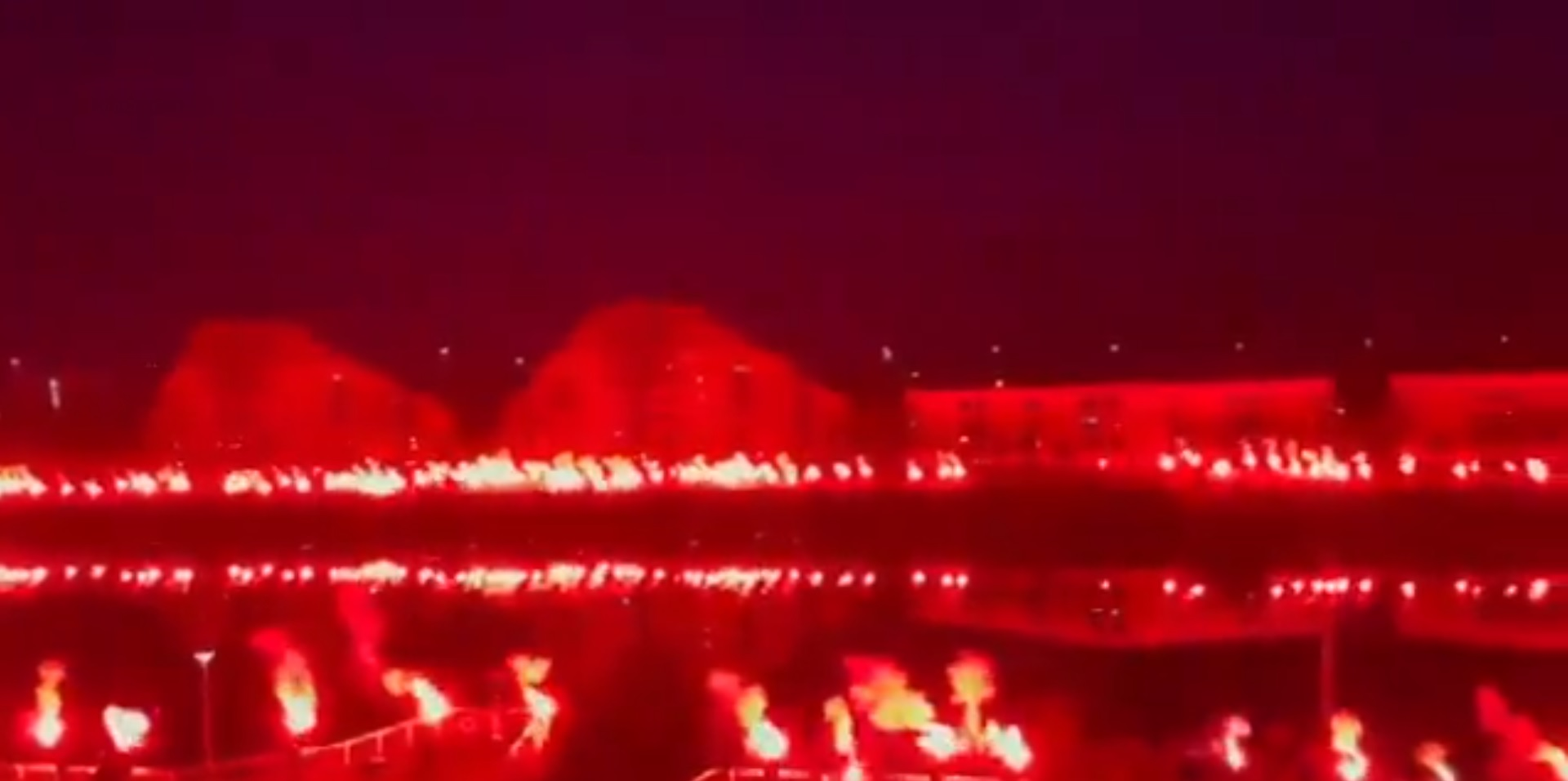 (Video) Fans of Gerrard's Rangers turn Glasgow red in title celebrations