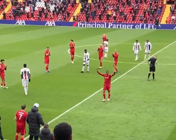 (Video) Wijnaldum receives rapturous Anfield applause as he leaves the pitch in what could be his final Liverpool appearance