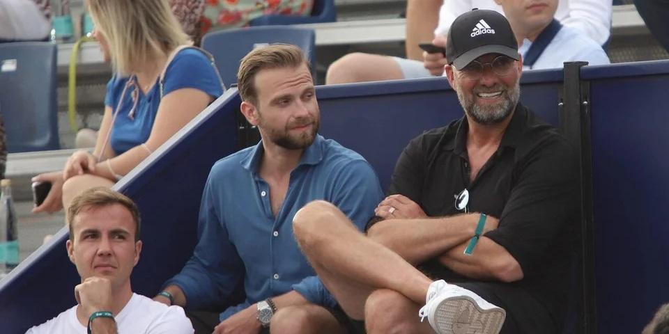 (Photo) Jurgen Klopp spotted with former Borussia Dortmund star at sporting event