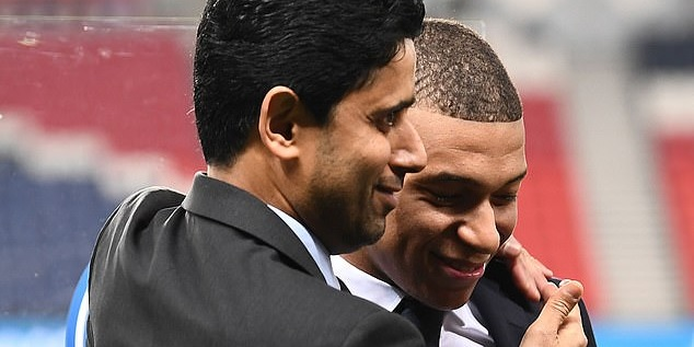 """PSG chief fires warning at Liverpool-linked superstar Kylian Mbappe: """"He will never leave"""""""