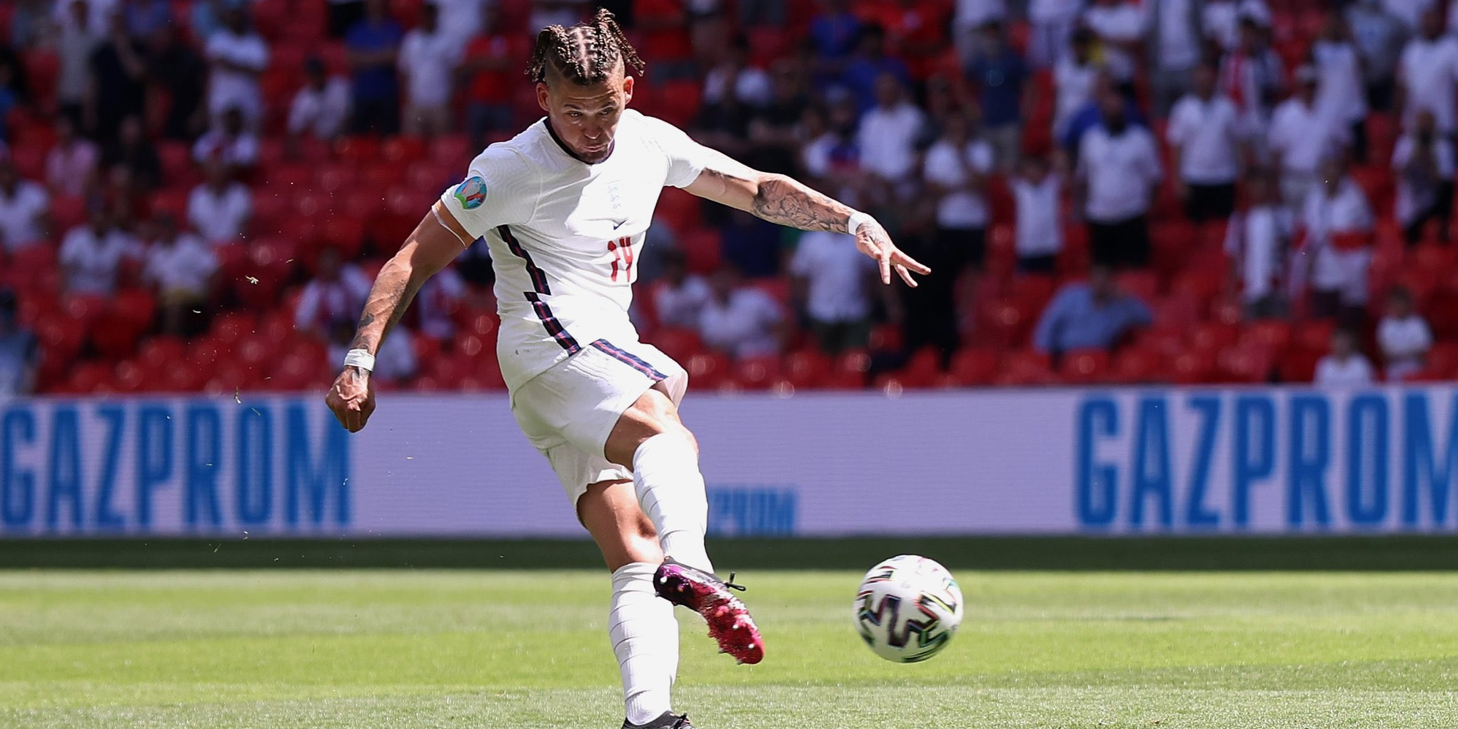 Some Liverpool fans are saying the same thing about Leeds' Kalvin Phillips after England performance