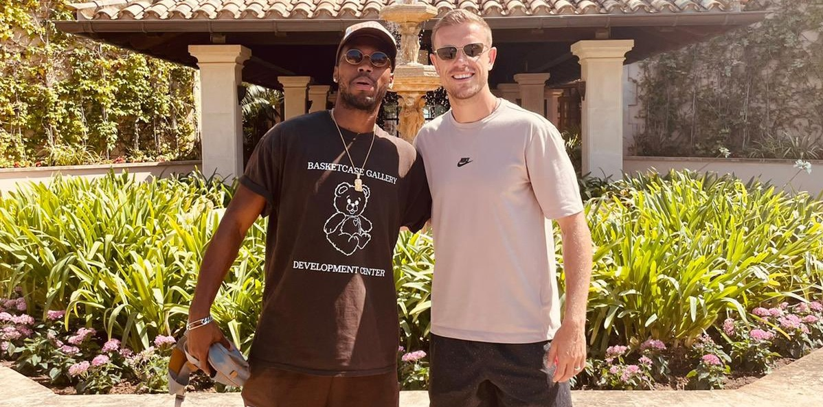 (Photo) 'Banter was flying' – Ex-Liverpool star Sturridge reunited with Henderson in Spain