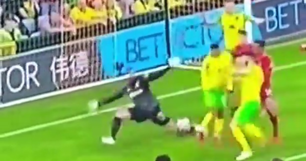 (Video) Liverpool goalkeeper Alisson keeps clean sheet with unreal triple-save