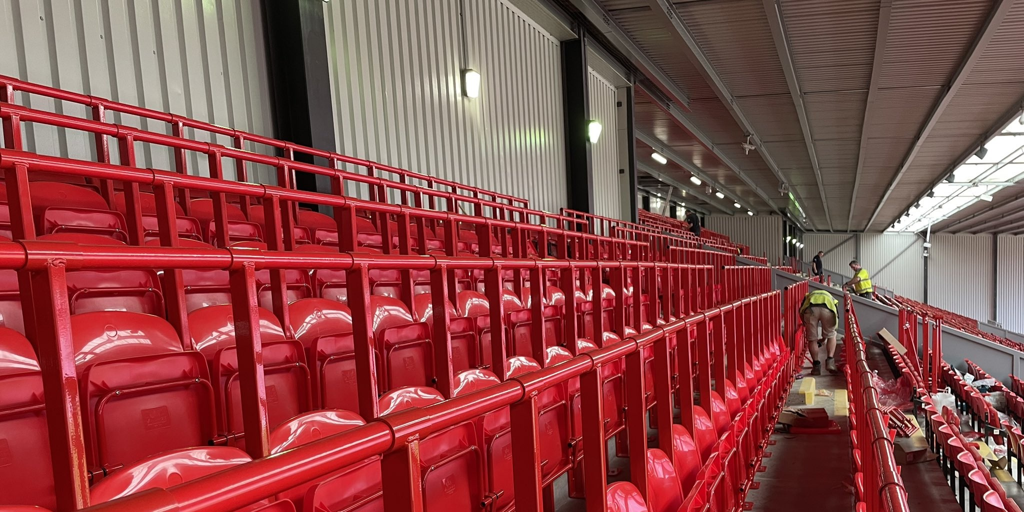 (Photos) Safety rails installed at Anfield ahead of the 2021/22 season