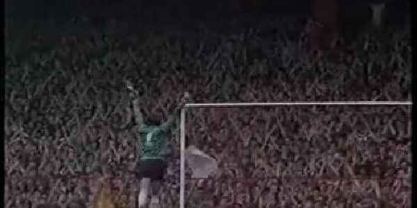 (Video) Remembering when Ray Clemence got a standing ovation from the Kop as a Spurs player