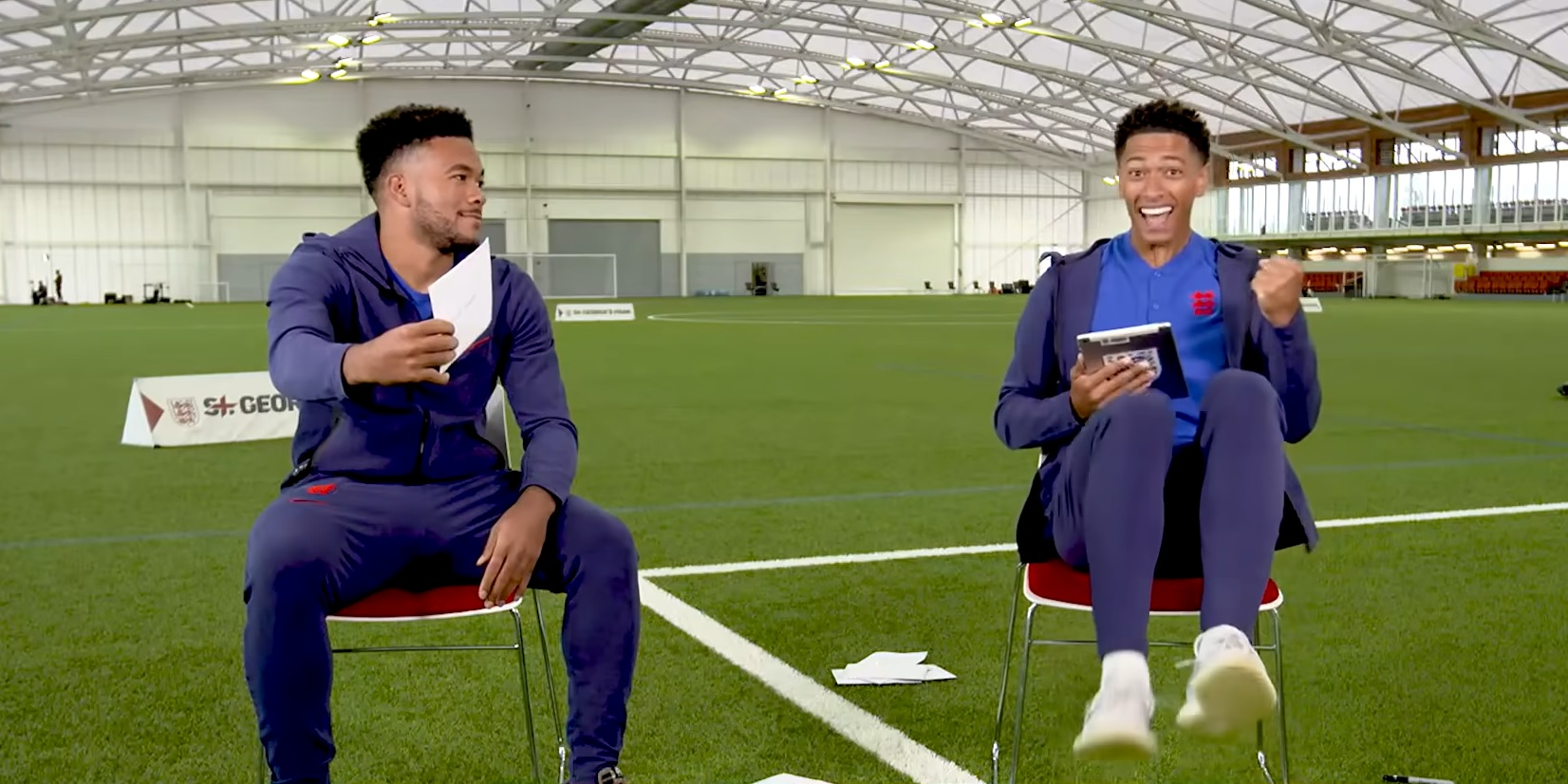 (Video) Bellingham's reaction to Reece James' guess he'd rather swap shirts with Lampard over Gerrard: 'It's Stevie G, bro'