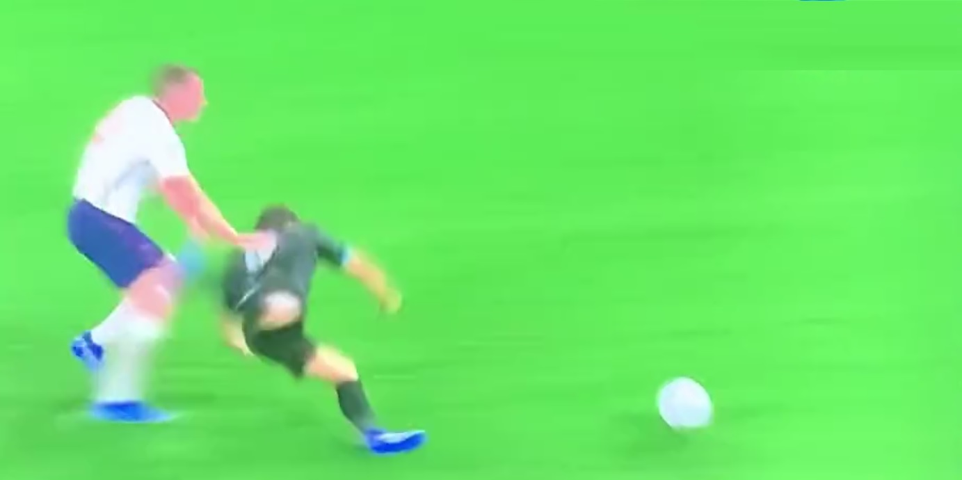 (Video) Jamie Carragher's hilariously bad challenge in Soccer Aid match