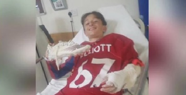 (Photo) Harvey Elliott gifts shirt to Liverpool fan in hospital after horrific injury