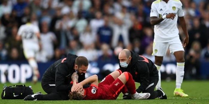 """Jurgen Klopp issues Harvey Elliott injury update: """"He's in London"""""""