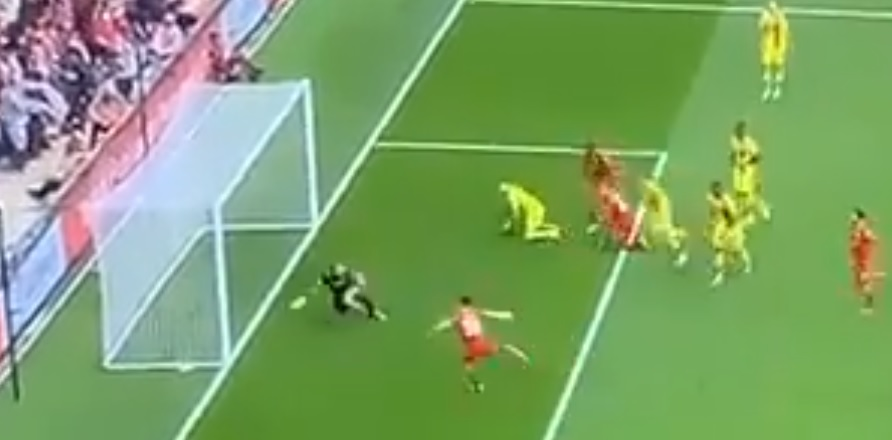 (Video) Liverpool forward Jota skies an absolute sitter from three yards
