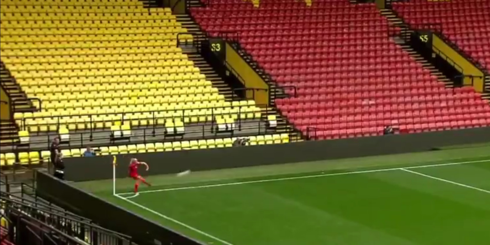 (Video) Liverpool FCW star scores goal directly from corner-kick with classy skill