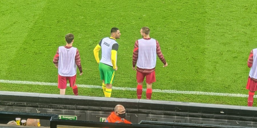 (Photo) Nat Phillips spotted chatting with former Liverpool team-mate at Carrow Road