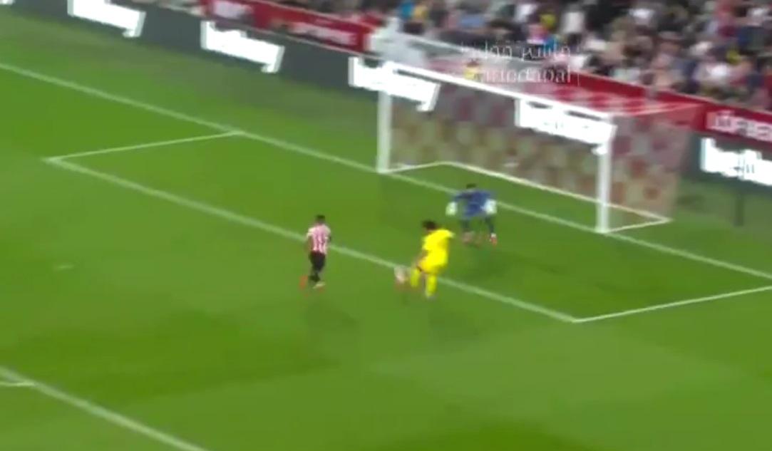 (Video) Salah gives Liverpool the lead v. Brentford after VAR review; brilliant Fabinho assist