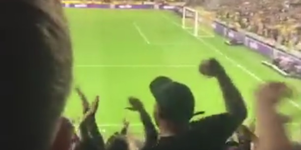 (Video) Many Liverpool fans sing Luis Suarez song to wind up Norwich supporters