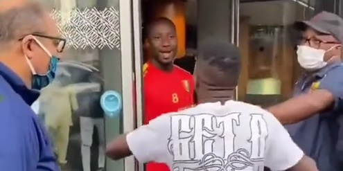 (Video) Guinea fans go absolutely crazy for Naby Keita outside of team hotel
