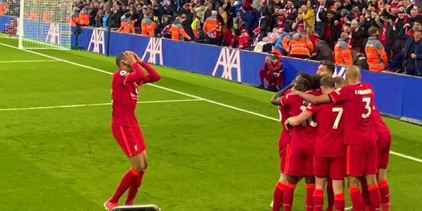 (Photo) Liverpool fans will love seeing Matip's hilarious reaction to key moment in Man City clash