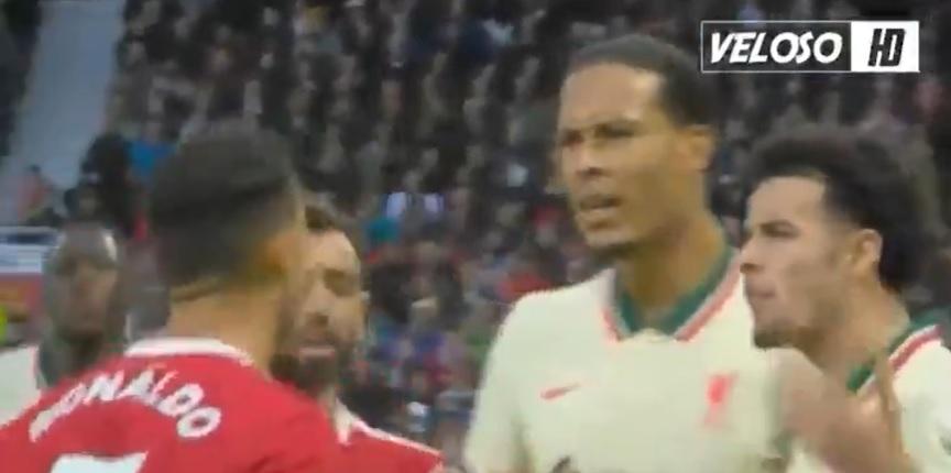 (Video) Watch Ronaldo bouncing off Van Dijk's chest like a balloon after contentious Jones kick