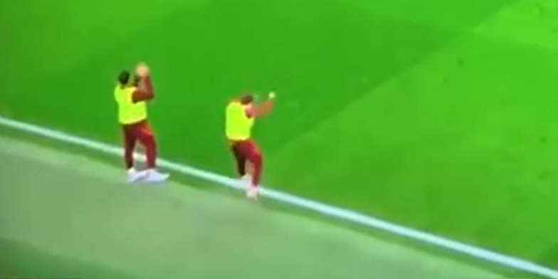 (Video) Liverpool fans will love Tsimikas' ecstatic reaction to Salah's first goal v United